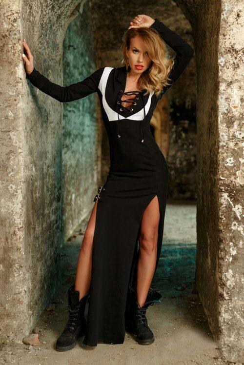 3dcd4fc1fec1 Dámske dlhé čierne teplákové šaty s aplikáciami Foggi DANGEROUS – L  odporúčame pre M
