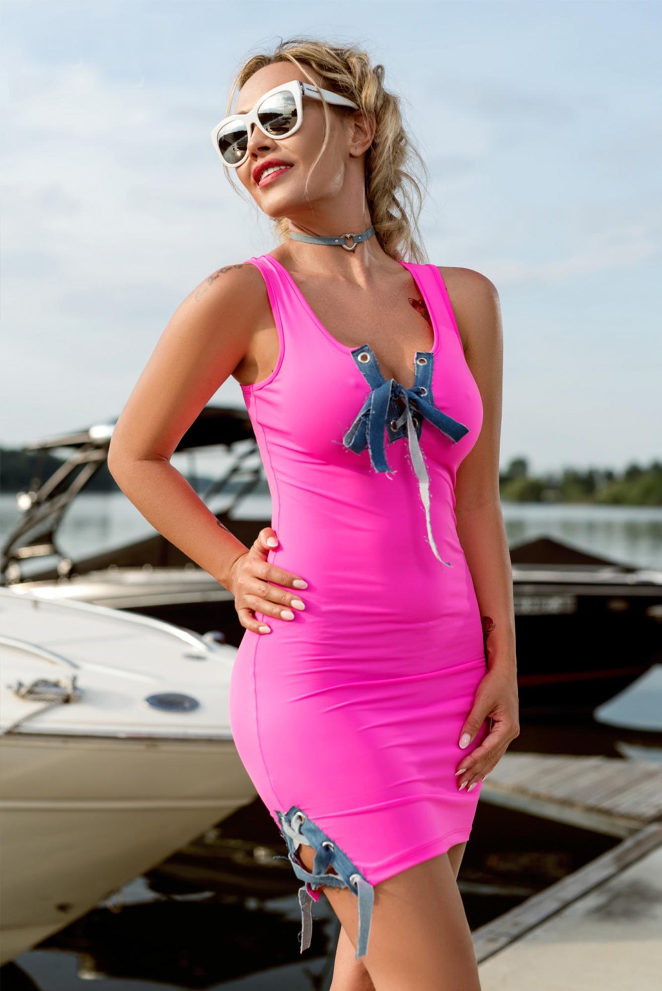 429aa35de4a7 Dámske neónovo ružové šaty Foggi PINK KISS - S odporúčame pre XS ...